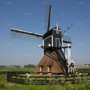 Munnikkenmill on the river de Does in the Munnikkenpolder in Leiderdorp, the Netherlands